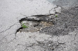 pothole - Elite Towing