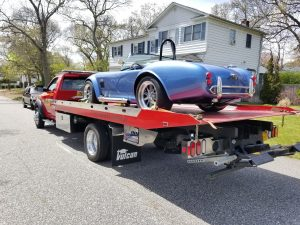 Flatbed classic car towing
